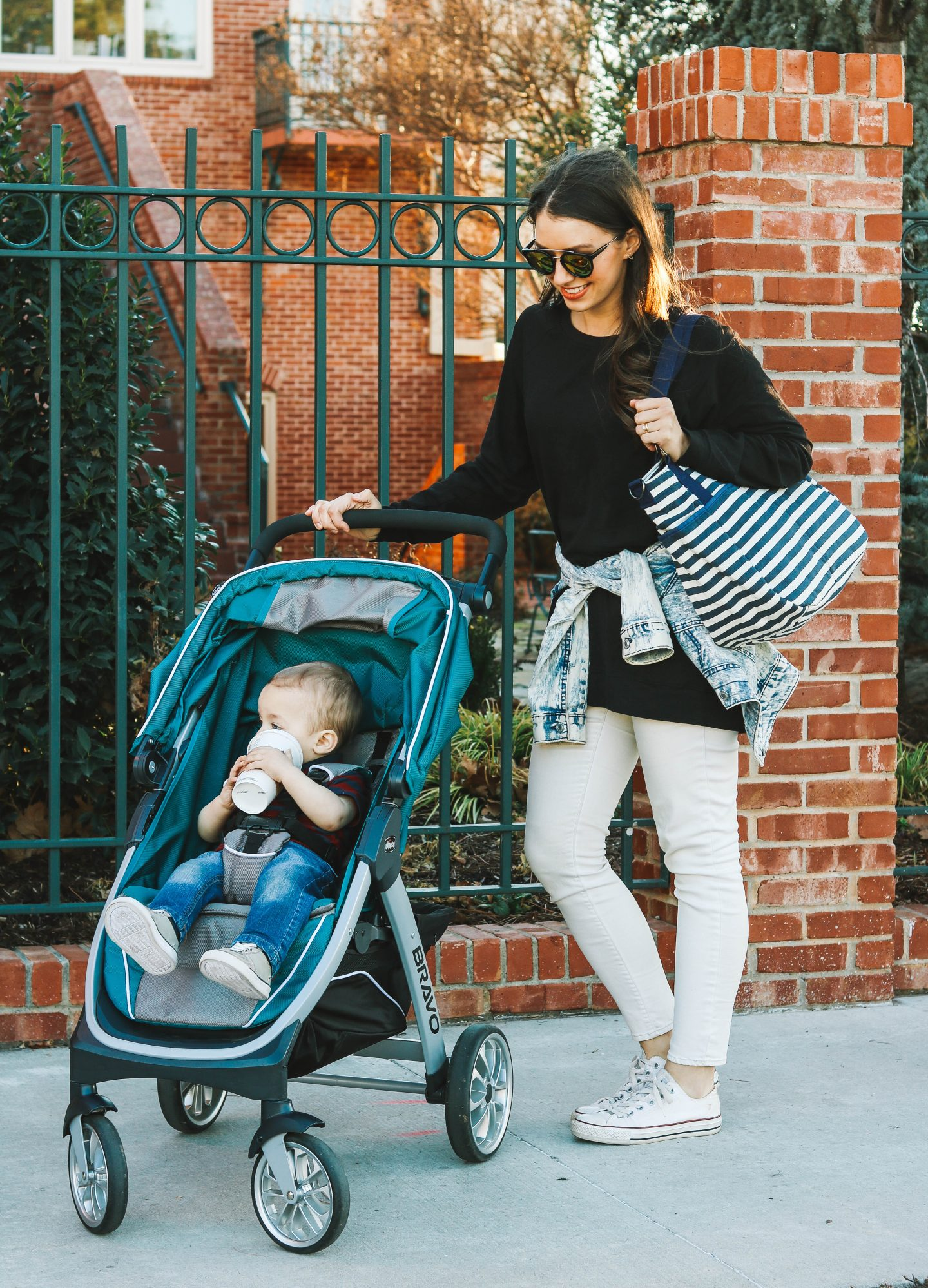Cute Nautical Diaper Bag with CARRI EIGHT // happilylindsey.com